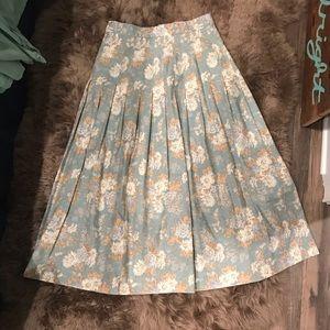 Laura Ashley 90's VINTAGE floral skirt